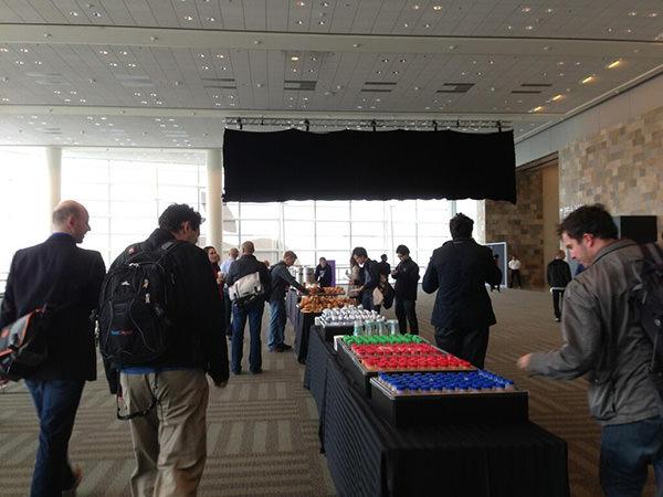 WWDC-2013-black-banner-002