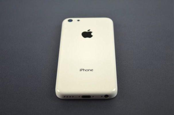 Бюджетный iPhone 5c