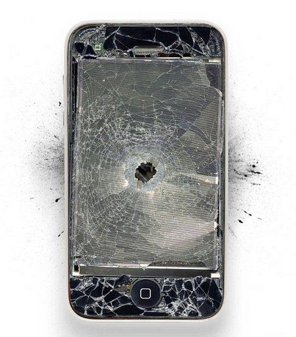 iPhone 5 взорвался в руках китаянки