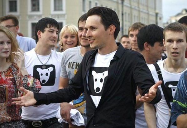 Между Павлом Дуровым и создателем WhatsApp Яном Куомом началась война