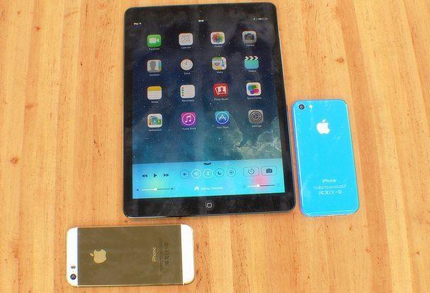 iphone-5S-iphone-5c_ipad_5_martin-hajek