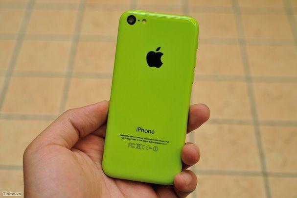 зеленый iPhone 5C