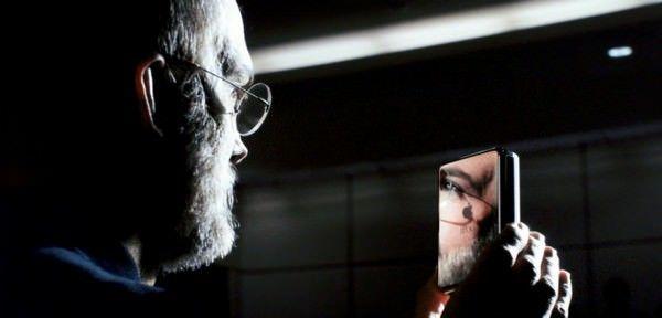 критики не приняли фильм о Джобсе