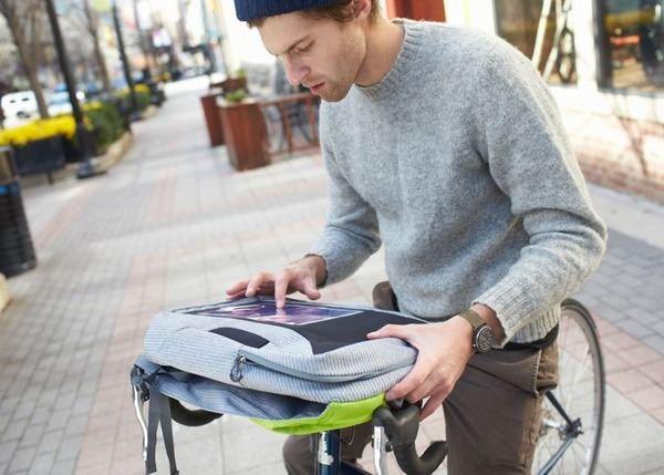 Osprey Portal Pixel – рюкзак с окошком для планшета