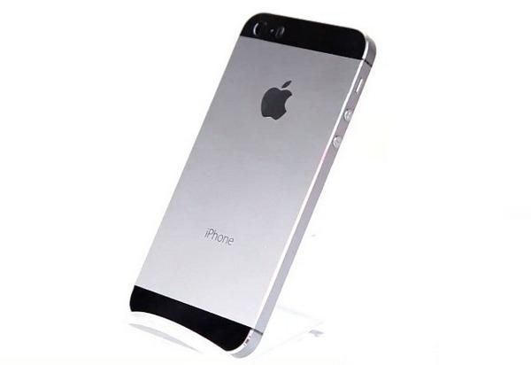 Обзор графитового корпуса iPhone 5S (видео)