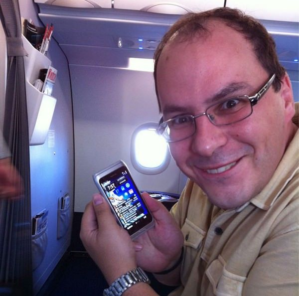 "Муртазин: ""Элоп уничтожил Nokia, в платформа Windows Phone обречена"""