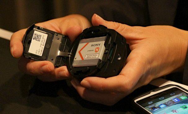 Sony-Cyber-Shot-DSC_QX100-battery