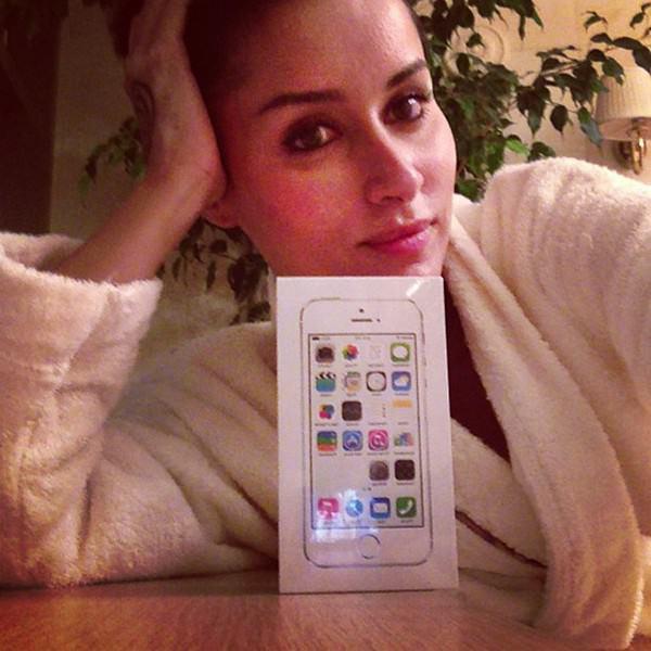 похвастать новыми iPhone 5S