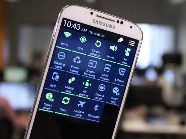 Galaxy S4 iPhone 5S