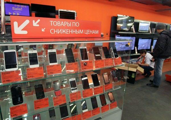 продажи смартфонов в России