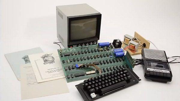 Компьютер Apple 1