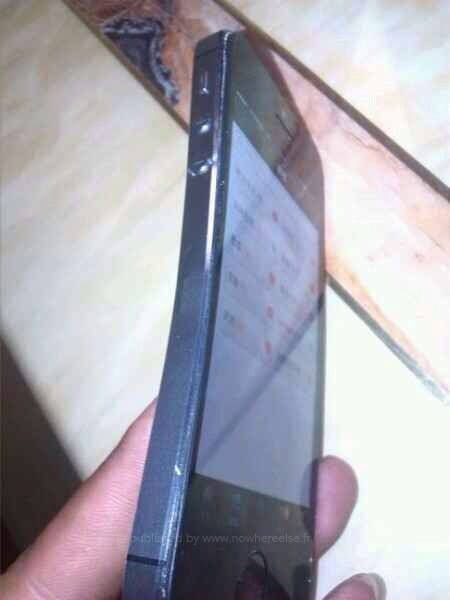 iPhone 5S гнутся