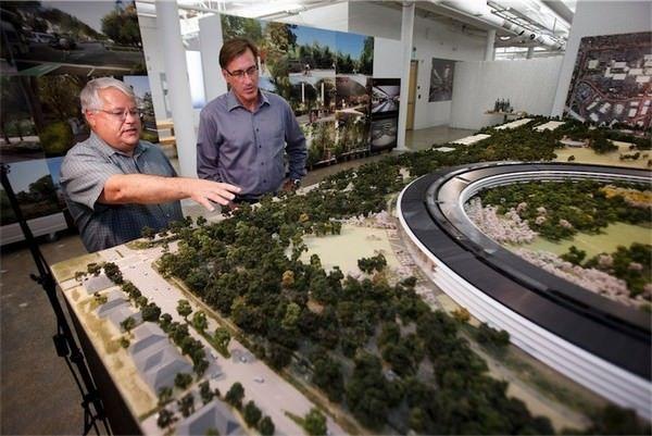 """фотографии макета кампуса Apple """"Spaceship"""""""