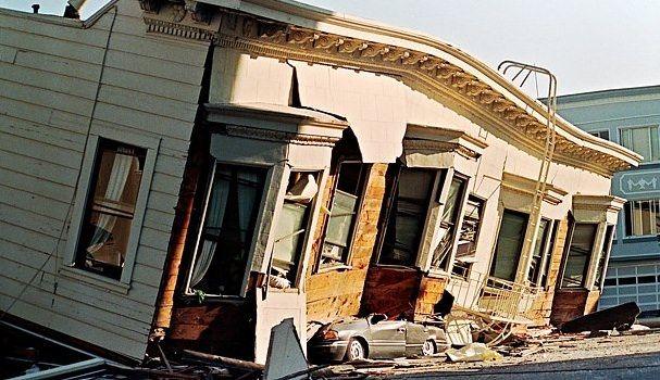 землетрясение iPhone