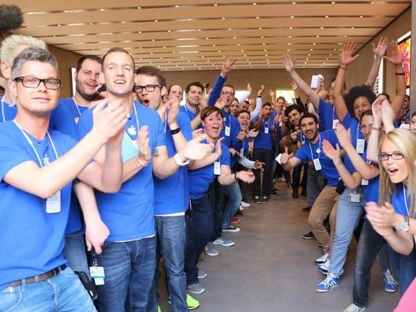 Apple ищет менеджера-консультанта