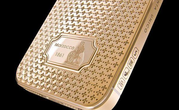 Unico Leone - золотой iPhone 5s от Caviar