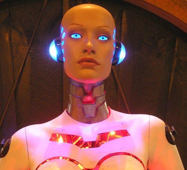 Robot Girl - эксклюзивная док-станция для iPhone
