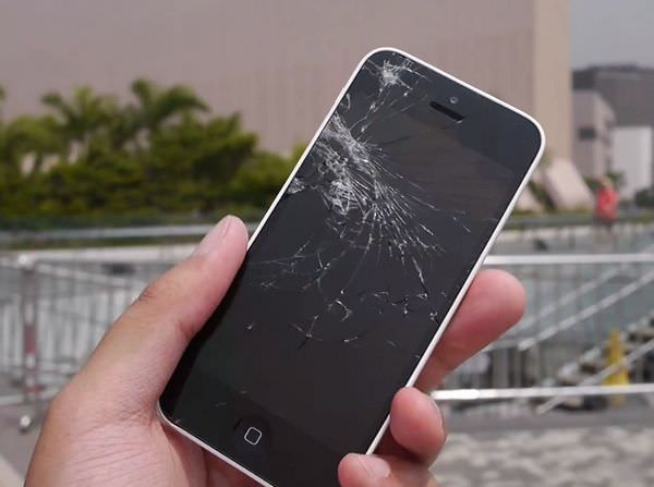 Как эксперты Apple ремонтируют iPhone 5S