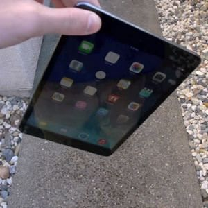 Первые краш-тесты iPad mini 2