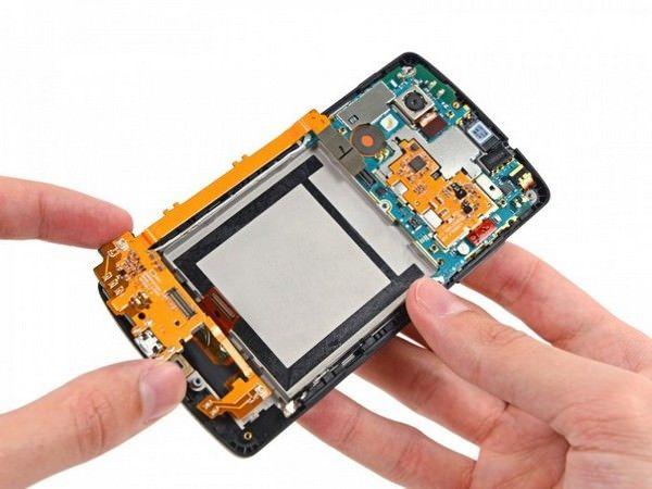 Специалисты iFixit разобрали Nexus 5
