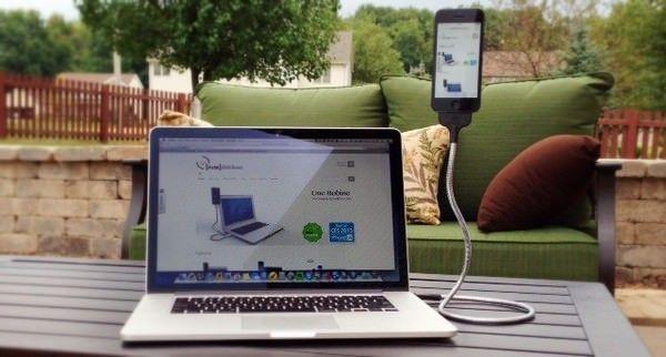 Une Bobine - гибкая подставка для iPhone 5, 5s и 5с