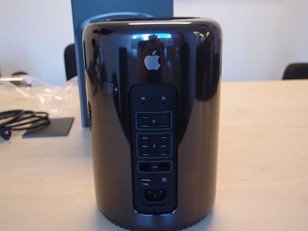 Mac-Pro-unboxing-3