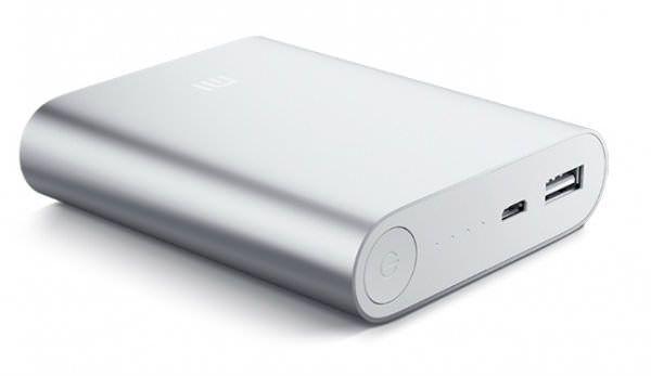 Xiaomi Power Bank — внешняя батарея для iPhone и прочих устройств