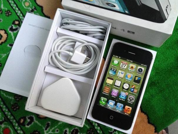 iphone 4 32 ГБ бывший в употреблении