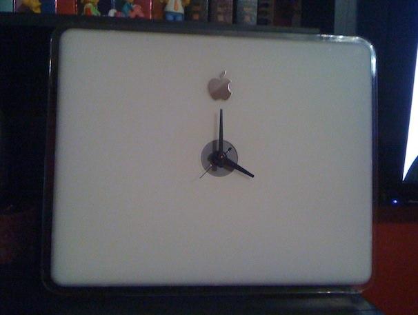 Часы из Macbook