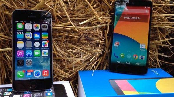 Подробное сравнение iPhone 5s и Google Nexus 5