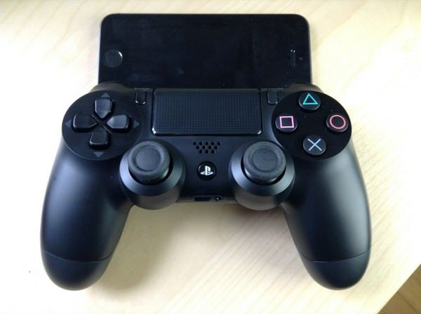 Controllers-For-All-PS4-Dual-Shock-4-iOS-7-1024x764