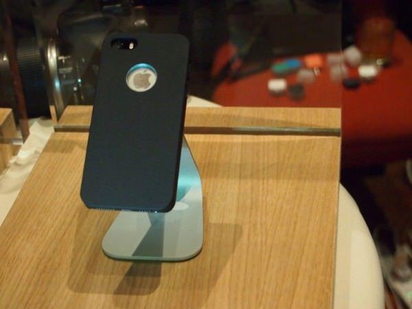 Lunecase – чехол для iPhone 5S/5C