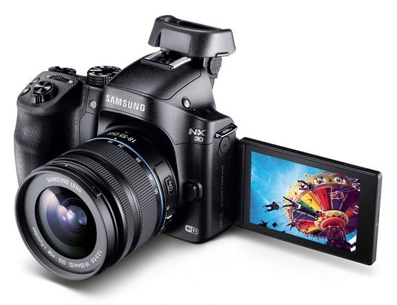 Фотокамера Samsung NX30