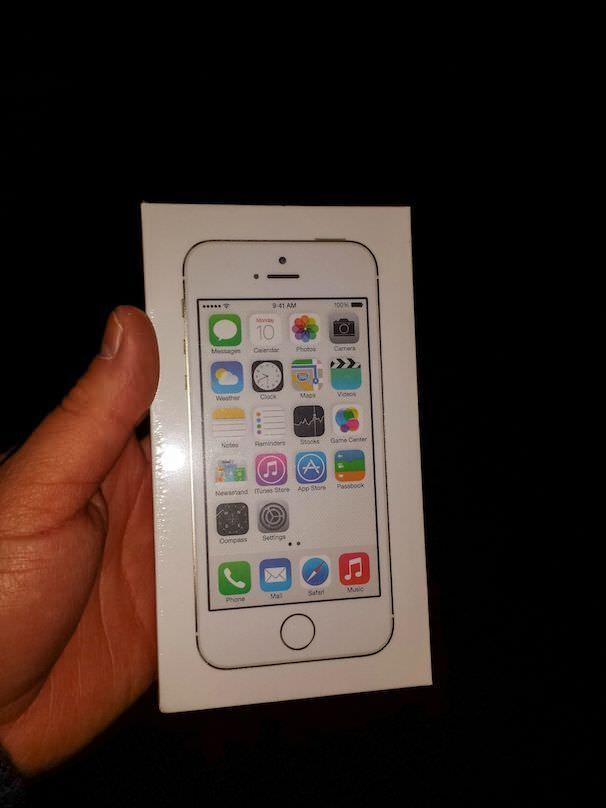 подарок стул iPhone 5s