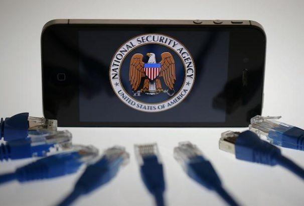 Слежка АНБ за пользователями iPhone