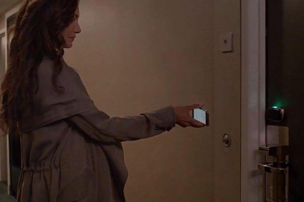iPhone может заменить ключ-карту