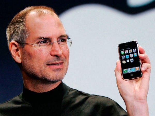 Сегодня iPhone исполнилось 7 лет