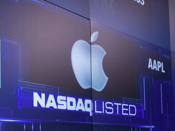 Apple произвела масштабный выкуп своих акций
