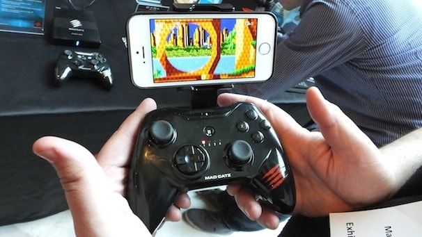 mad cats xbox inspired iOS 7 controller