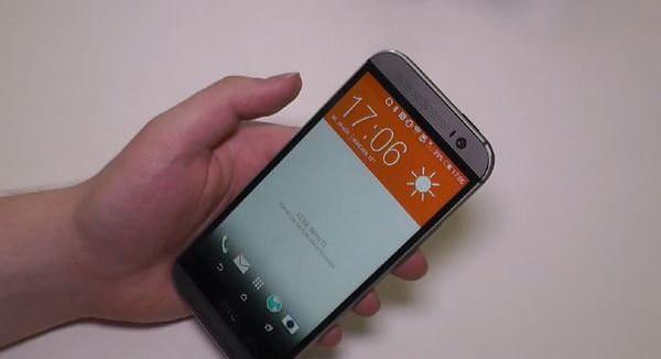 Демонстрация HTC One (M8)