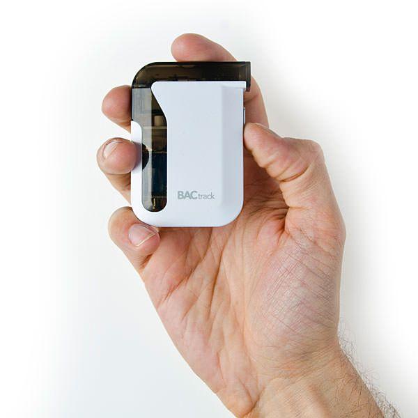 BACtrack Mobile Breathalyzer алкотестер для iPhone