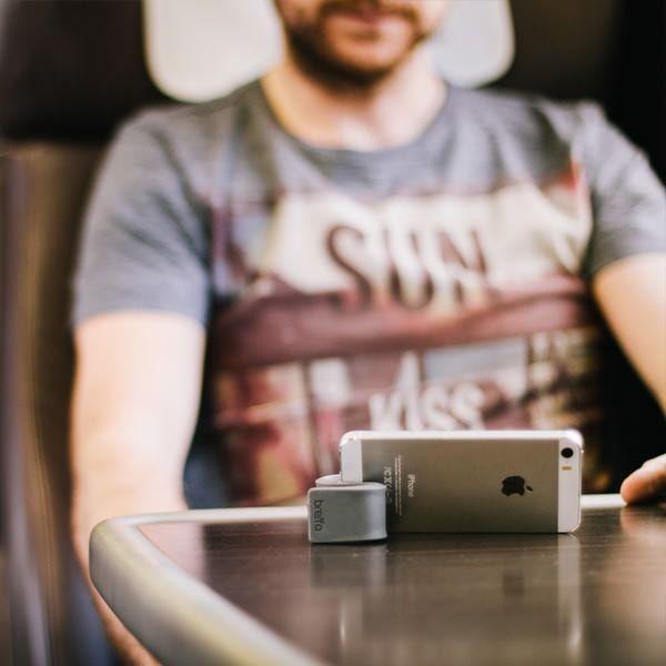 gumstick - подставка для iPhone