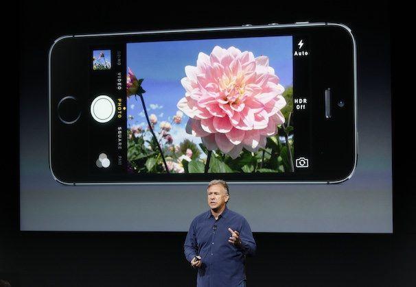 Фил Шиллер рассказывает о камере iPhone 5s