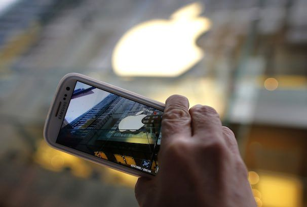 apple via samsung