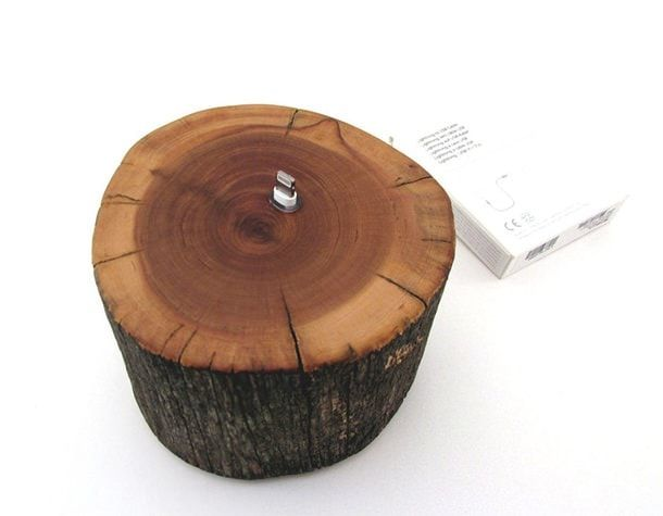 iPhone 5 Cedarwood Docking Station USB
