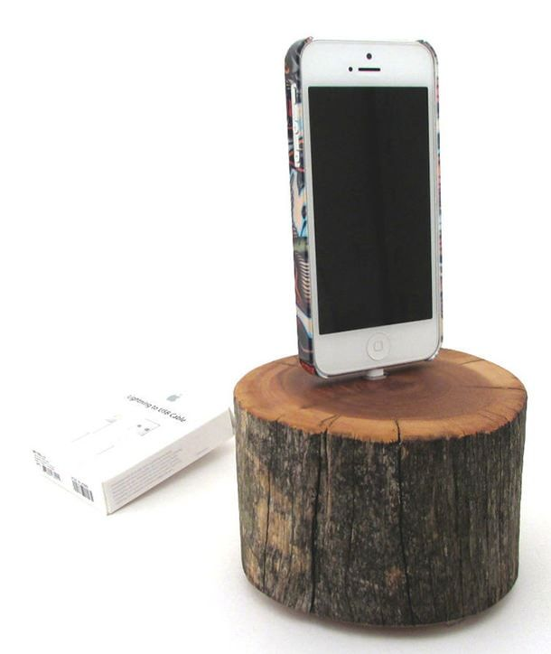 iPhone 5 Cedarwood Docking Station