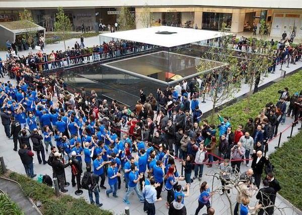 Apple Store в Стамбуле