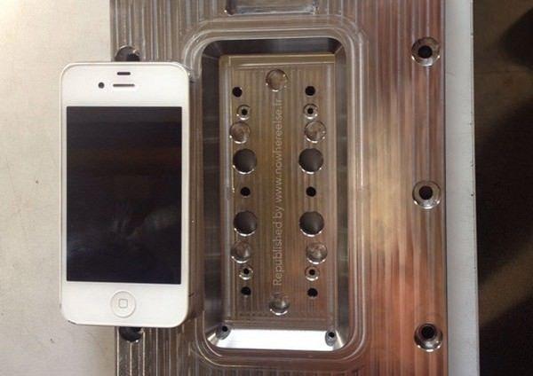 4,7-дюймового iPhone