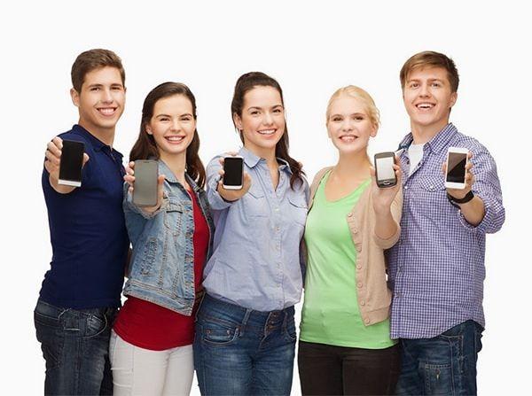 Смартфоны везде