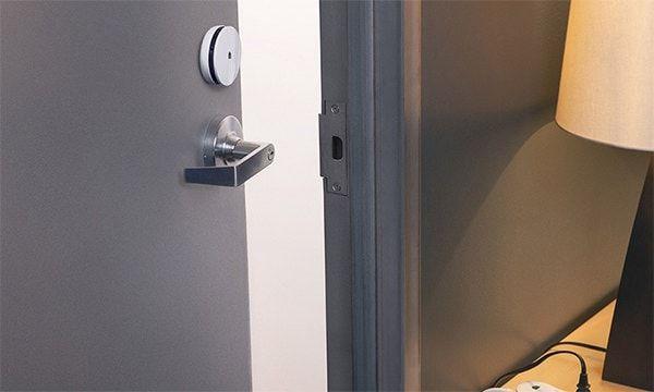 Spotter на двери